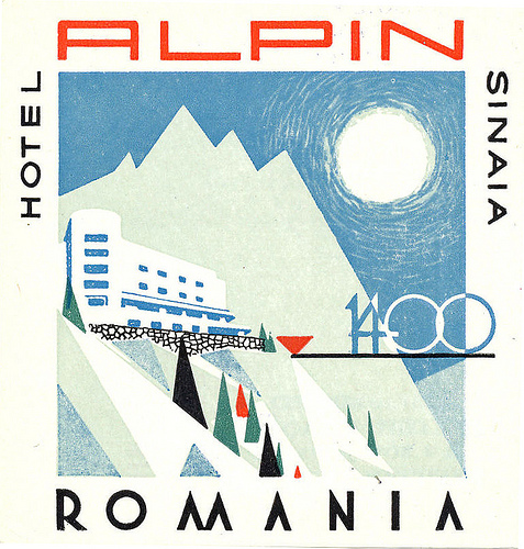 Mountains and Ski Vintage Travel Labels - VINTRALAB-033