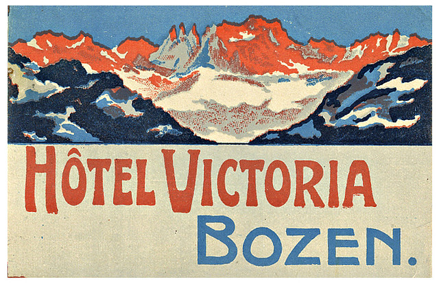 Mountains and Ski Vintage Travel Labels - VINTRALAB-068
